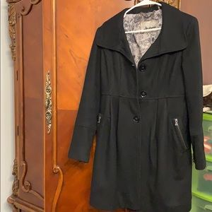 Guess jacket size small